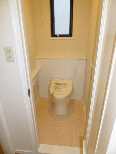 トイレ交換AFTER1