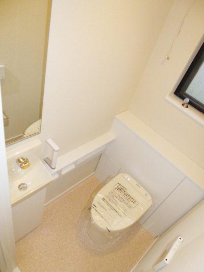 トイレ交換AFTER2